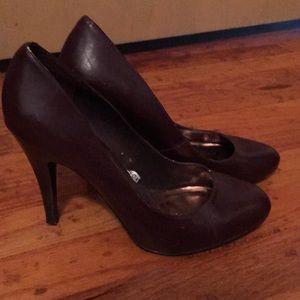 Mossimo Plum heels